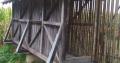 Čardak-salaš za kukuruz (zdrav i očuvan)
