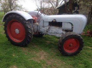 kupujem traktor Porche
